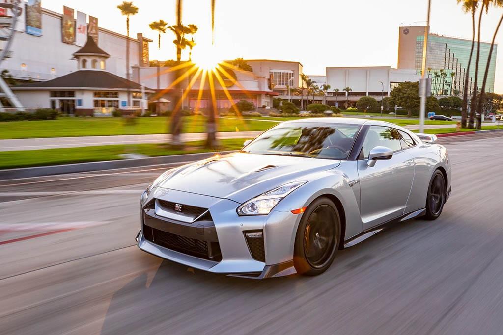 مشخصات نیسان GT-R مدل سال 2019 + قیمت