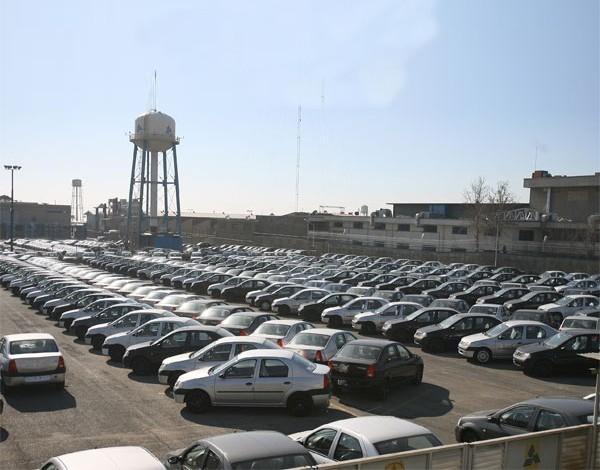 مشاهده نرخهای عجیب و غریب در بازار خودرو کشور