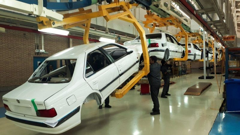 افت شدید آمار تولید خودرو در کشور - ابان ۹۷