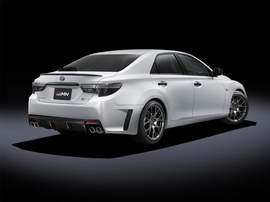 Toyota-Mark-X.jpg