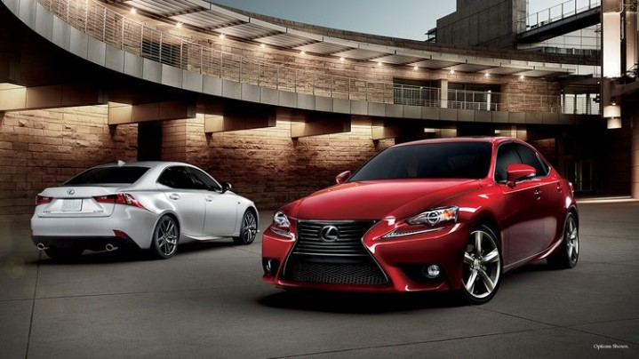 انتخاب لکسوس به عنوان با کیفیت ترین خودروی سال در بازار آمریکا + عکس