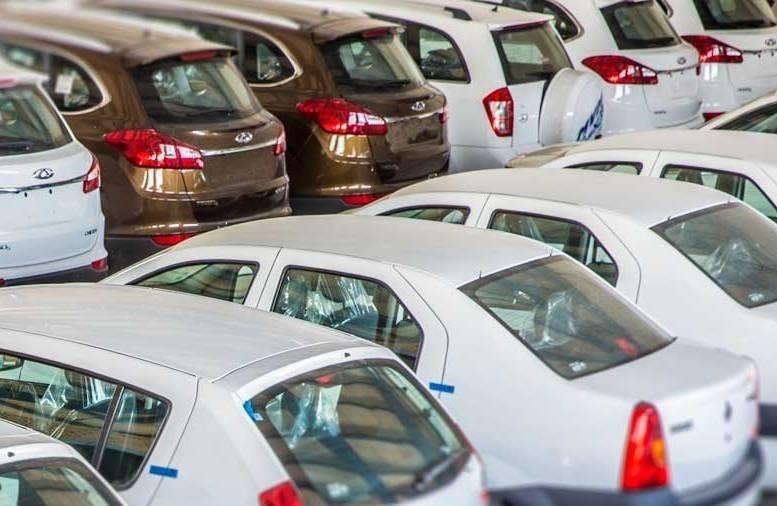 تا حد امکان با توجه به وضعیت آشفته فعلی بازار خودرو نخرید