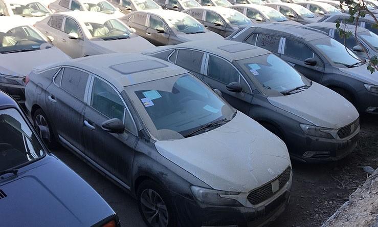 عدم ترخیص و توقیف خودروهای ۳۹ شخص حقیقی و حقوقی در گمرک + سند