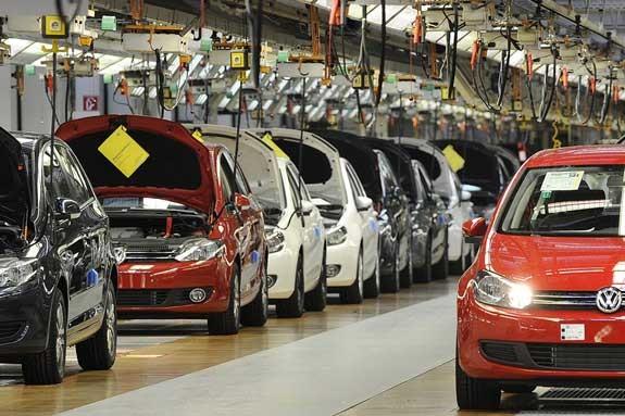 بازار خودرو جهان در رکود و کسادی