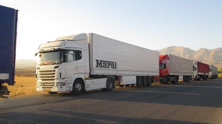 تردد ناوگان حمل و نقل بار در جادهها ممنوع شد