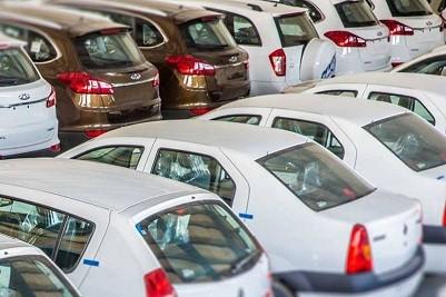 در قیمتگذاری خودروهای داخلی سیاست دولت چیست؟