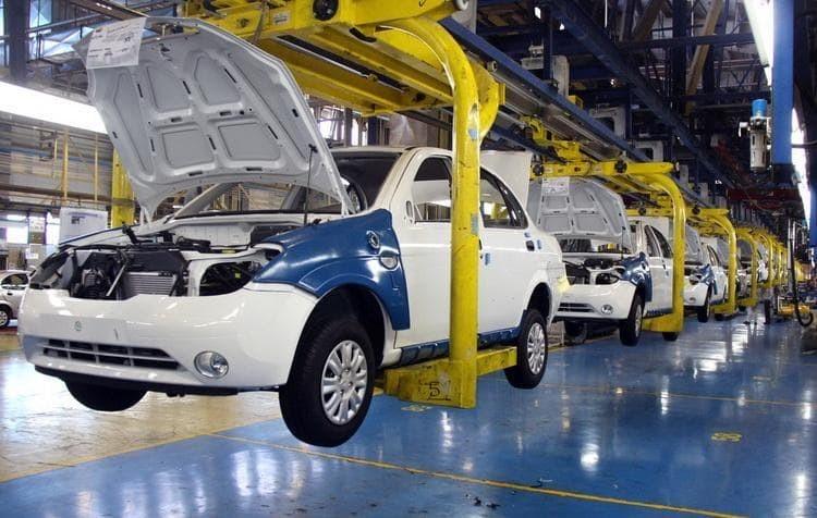 نگاهی به عملکرد خودروسازان کشور در سال 97