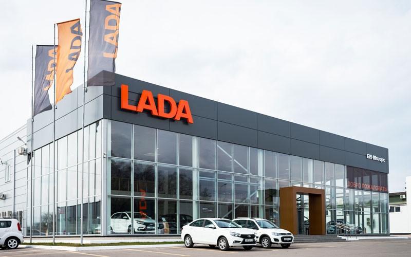 عدم تمایل لادا برای حضور در بازار خودروی ایران
