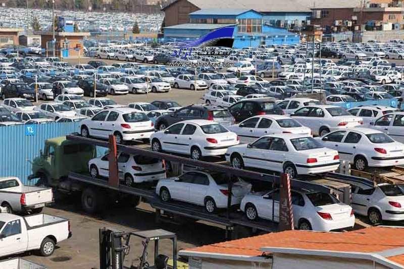 نماینده مجلس : خودروسازان در قیمت سازیها دست داشتهاند