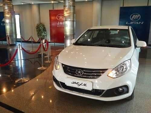 اعلام قیمت جدید خودروی جک J4  - خرداد 98
