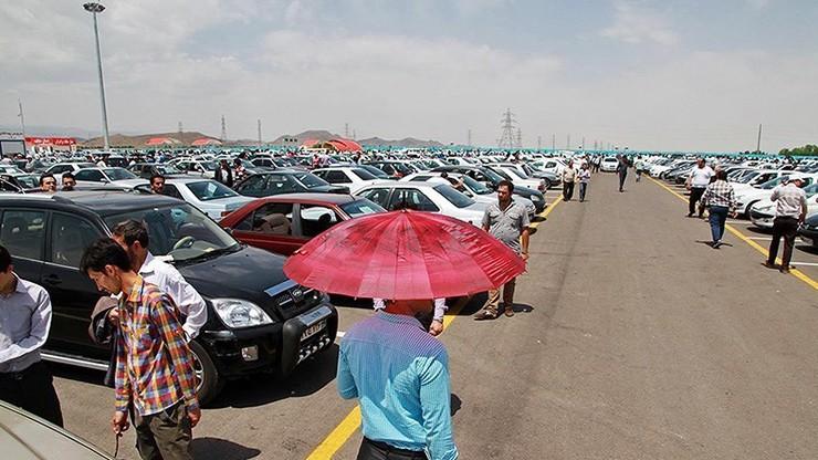 نظر عضو هیئت رییسه مجلس درباره افزایش ۳۰۰ درصدی قیمت خودرو