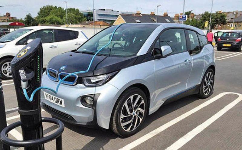 اتحادیه اروپا : خودروهای برقی باید صدا داشته باشند!