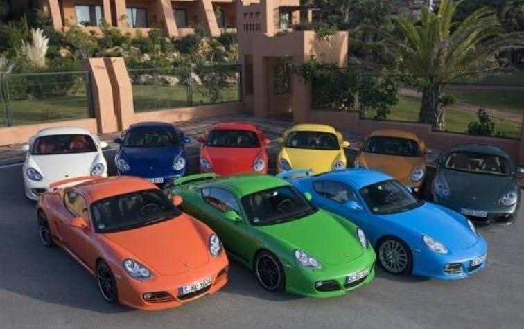 کدام رنگ های خودرو در میان زنان و مردان ایرانی پرطرفدارترین هستند؟
