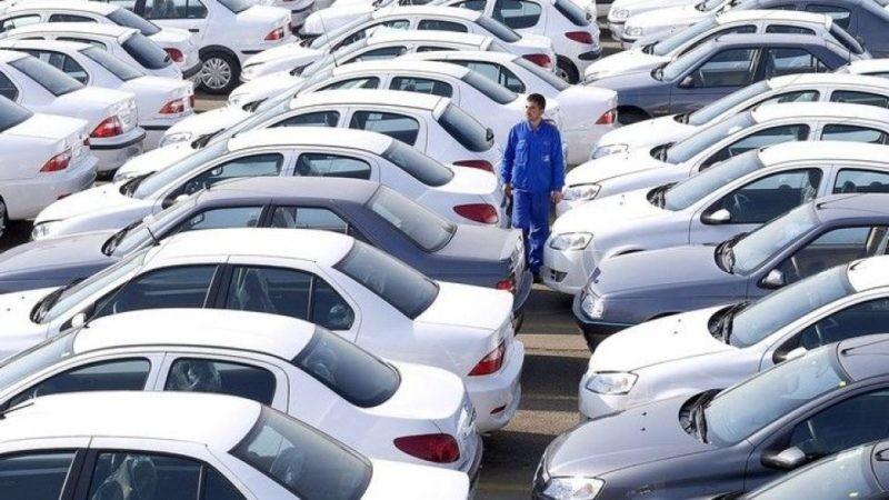 دلیل گران و دوباره ارزان شدن خودروها در یک شب چه بود؟