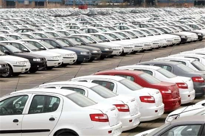 تسریع روند تکمیل خودروهای ناقص، بازار خودرو در انتظار کاهش بیشتر قیمت ها