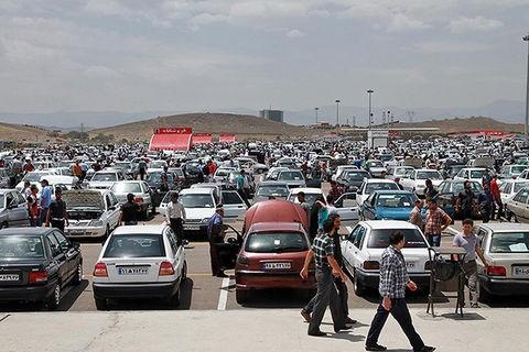 رفتار مردم ایران در بازار خودرو؛ خلاف رویه جهانی!