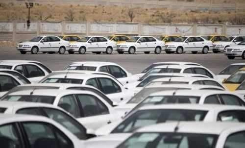 قیمت خودرو در پی بازداشت مدیران خودروساز کاهش یافت