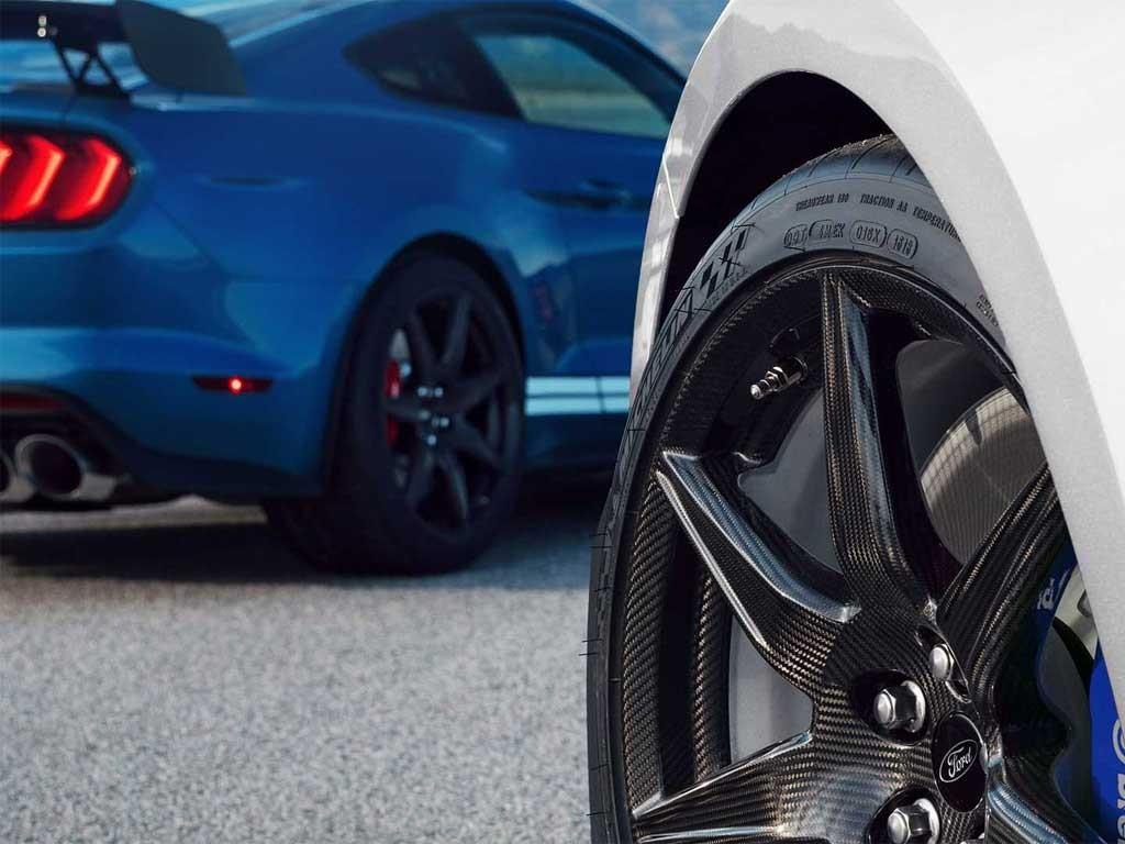 هیولای جدید هنسی، موستانگ شلبی GT500 .jpg