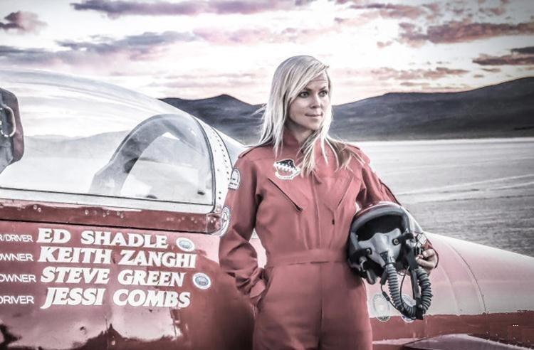 """""""جسی کامبز"""" سریع ترین راننده زن جهان هنگام رکوردشکنی کشته شد + عکس"""