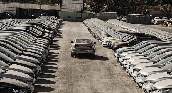 انجمن واردکنندگان خودرو : دپوی بیش از ۶ هزار خودرو خارجی در گمرکات