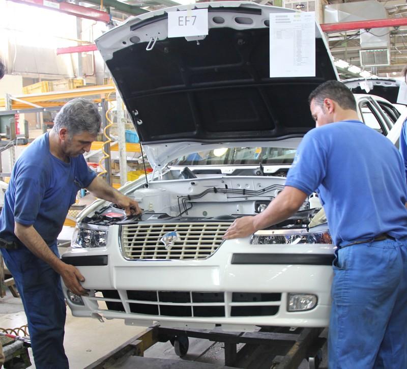 خودروسازان به دنبال دریافت «کمک زیان» از دولت
