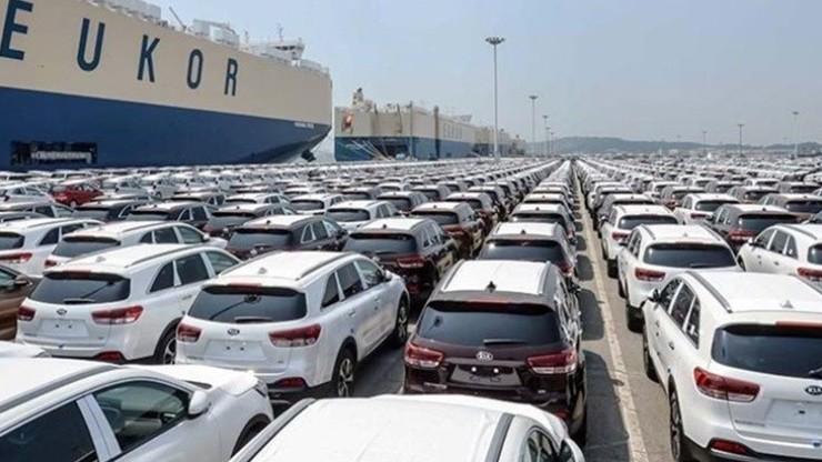 واگذاری خودروهای مانده در گمرک به سازمان اموال تملیکی