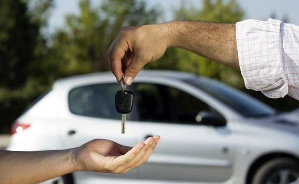 وقتی چشم خریداران خودرو به جاده مخصوص خشک می شود
