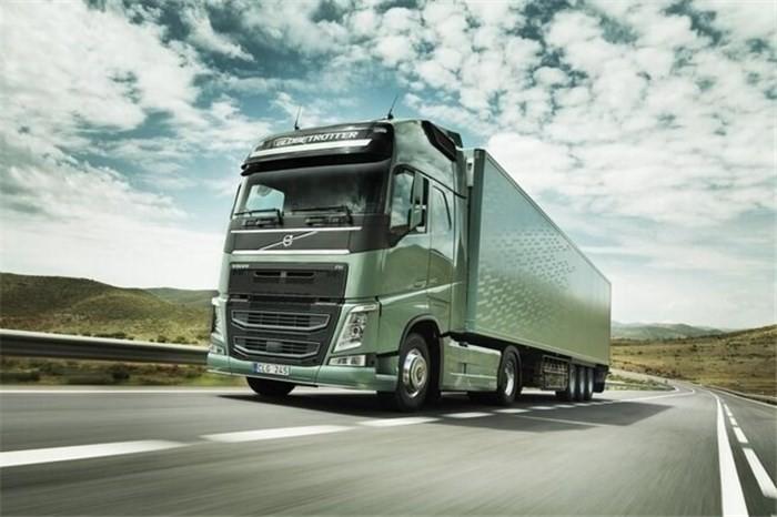 دستور واردات 1000 کامیون کشنده به کشور صادر شد