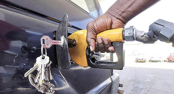 ادامه تولید خودروهای پرمصرف در غیاب قوانین دولتی - 30 آبان 98