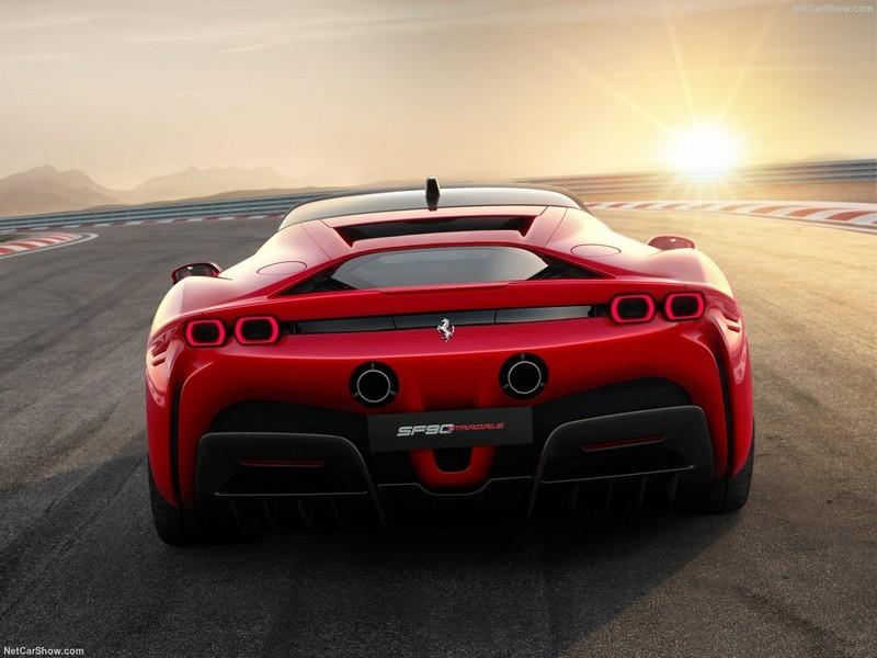 Ferrari-SF90_Stradale-2020-1280-06.jpg