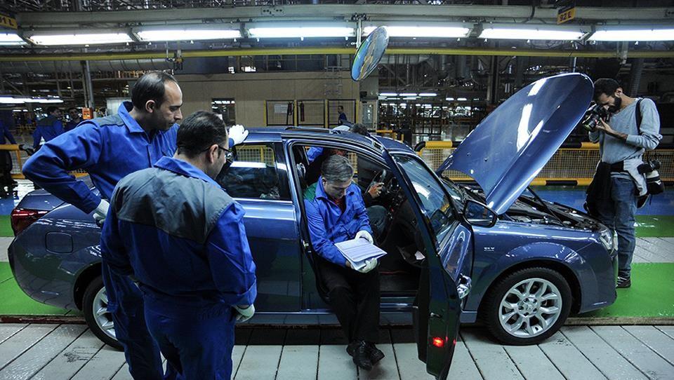 دولت به دنبال کسب درآمد از خودروسازی