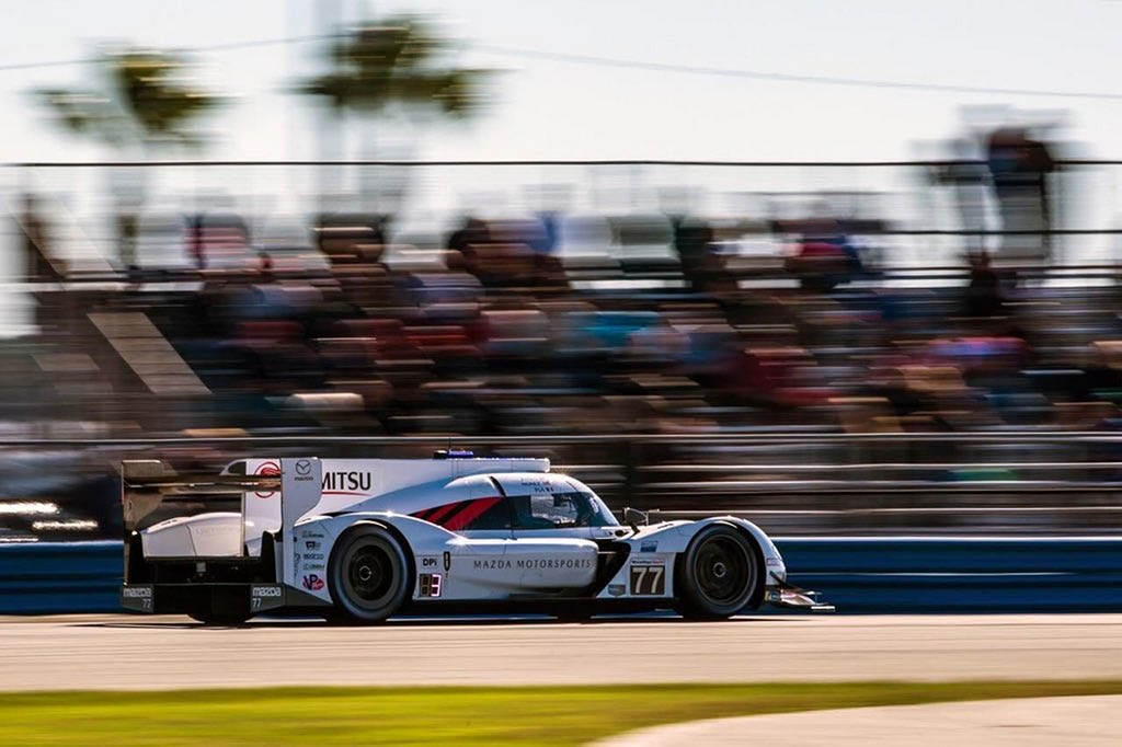 mazda-rt24-p-racer-daytona-3.jpg