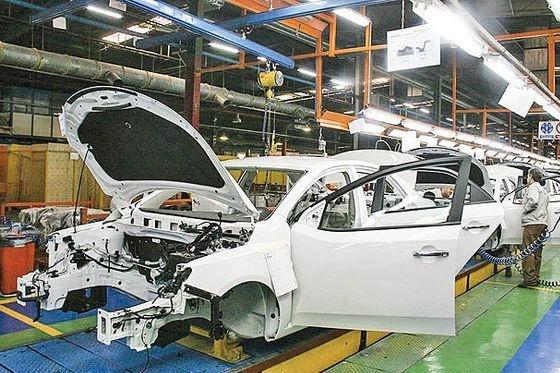 قیمت گذاری دستوری و تسهیلات بانکی چه بر سر خودروسازان آورد؟