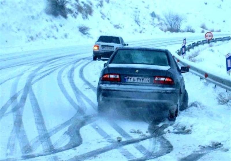 توجه کنیم که در شرایط برفی چگونه رانندگی کنیم؟ - 4 بهمن 98
