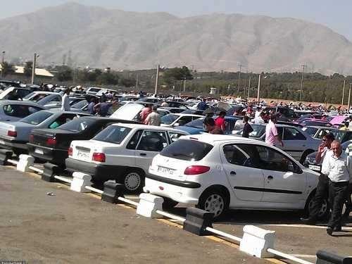 وجود بیبرنامگی عجیب برای تخلیه تقاضای خرید و فروش بازار خودروی کشور