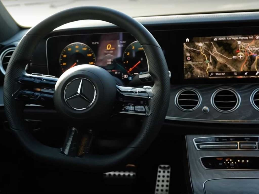 Mercedes-E-Class-2021-4.jpg
