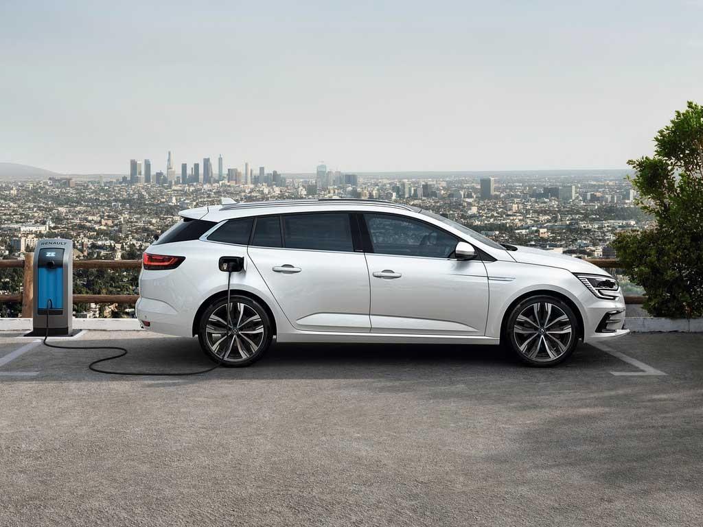 Renault-Megane-2020-9.jpg