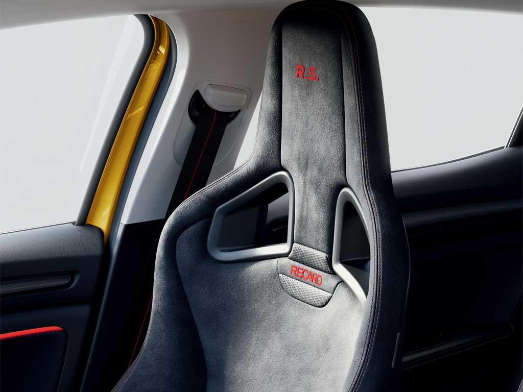 Renault-Megane-2020-14.jpg