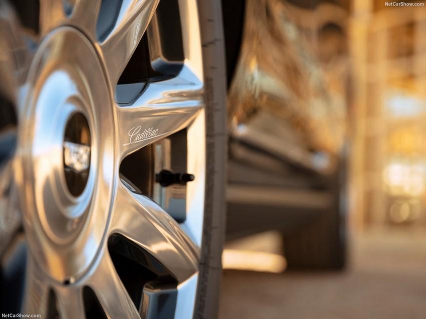 Cadillac-Escalade-2021-1280-35.jpg