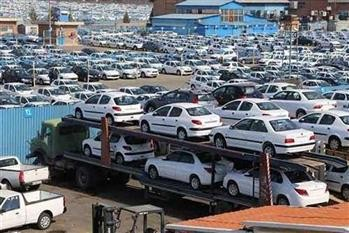 مدیر بازاریابی ایران خودرو: روزانه حدود 2500 دستگاه خودرو روانه بازار میکنیم