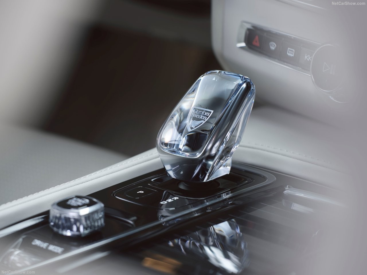 Volvo-S90-2020-1280-08.jpg