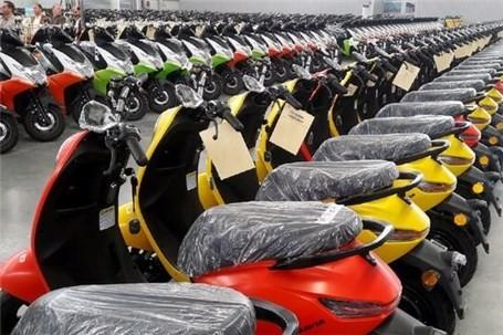 ۳۰۰۰ موتور سیکلت برقی در اختیار پستچی ها