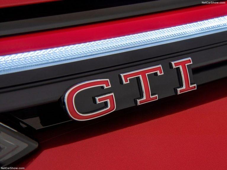 Volkswagen-Golf_GTI-2021-1024-13-767x575.jpg