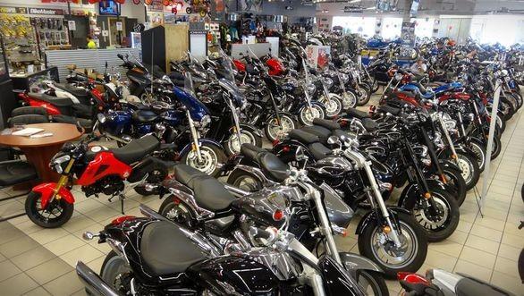 قیمت موتورسیکلت در بازار به اندازه قیمت خودرو افزایش نیافت