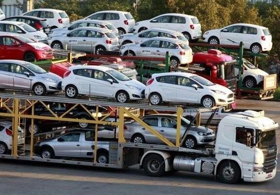 واردات خودرو هم تاثیری بر قیمت پرتیراژهای داخلی ندارد