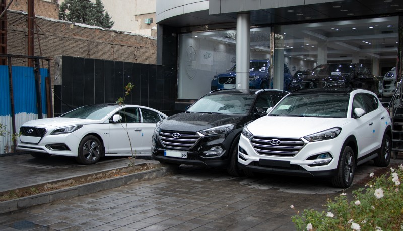 عرضه خودروهای خارجی 5 برابر قیمت واقعی در بازار !