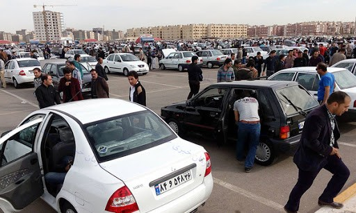 معاملات خودرو در بازار 80 درصد کاهش یافت