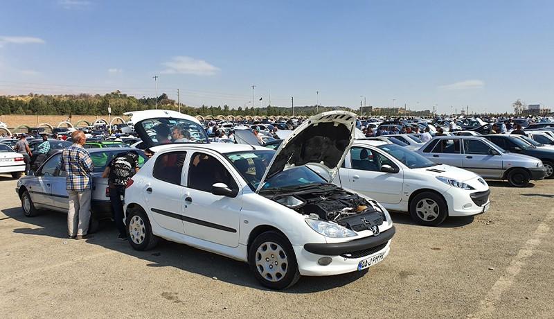 ورود کرونا، فتیله گرانی خودرو در بازار را پایین کشید