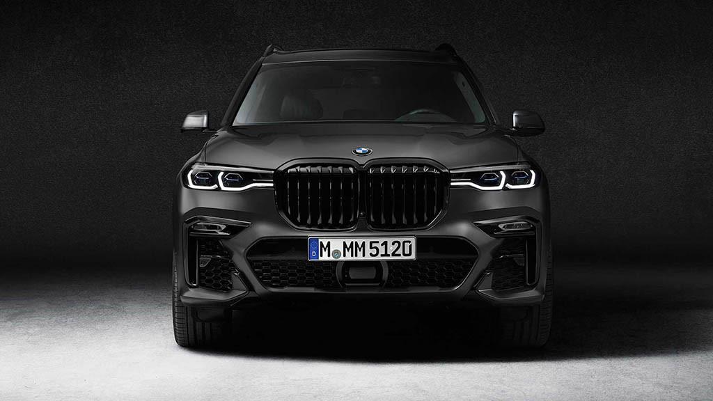2021-bmw-x7-dark-shadow-edition-front.jpg