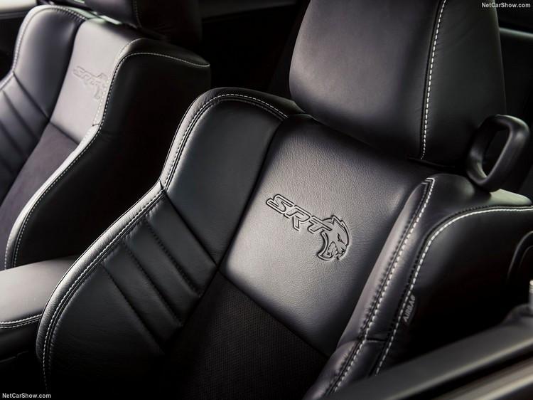 Dodge-Challenger_SRT_Super_Stock-2020-1280-13.jpg